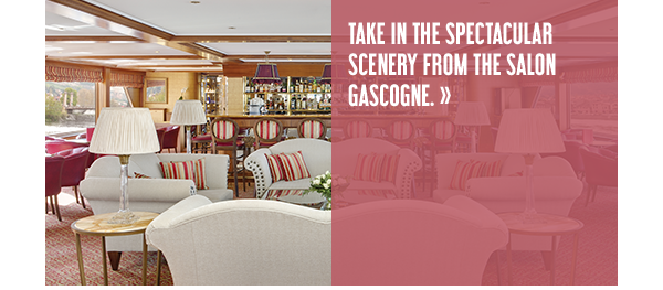Take in the spectacular scenery from the salon Gascogne.